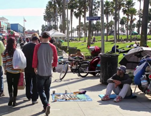 Gobble Gobble Give – We Feed the Homeless